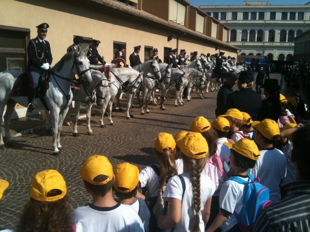 """Photo of Roma.  Per il """"Family Day"""", la Polizia apre le porte della Caserma """"La Marmora"""" a Trastevere"""