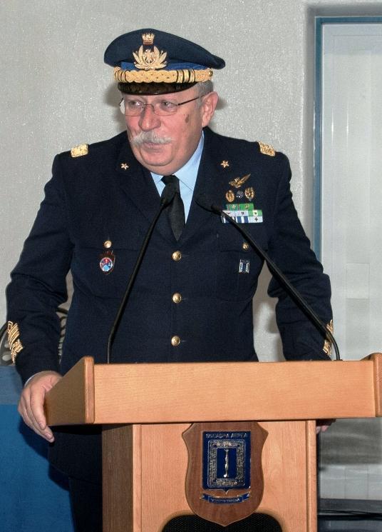 Photo of Consegna delle medaglie  mauriziane 2012  al comando squadra aerea