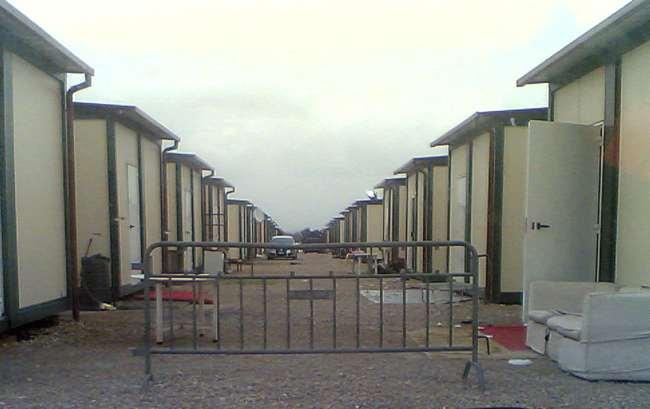Photo of Nomadi proprietari di appartamenti ed altro, erano assegnatari di alloggi in un campo rom. Allontanati. Due vigili feriti