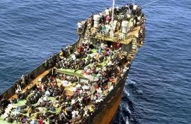 Photo of Egiziani favorivano l'immigrazione clandestina di compatrioti per poi sequestrarli e chiedere il riscatto ai parenti. Due i minorenni liberati dai Carabinieri