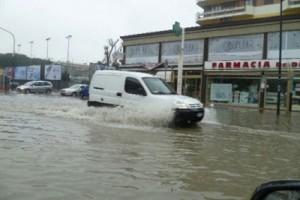 Photo of L'ondata di maltempo in Italia. A Pescara scuole chiuse ed  evacuate oltre un migliaio di persone