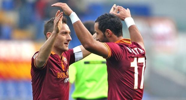 "Photo of La Roma per Natale, regala una ""goleada"" ai suoi tifosi!"