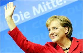 Photo of Pausa forzata di tre settimane per la Merkel  dovuta ad una caduta  sulla neve