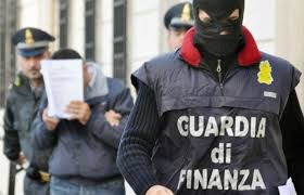 Photo of Guardia di Finanza sventa due attentati dinamitardi ad un'attività commerciale di Fondi