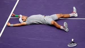 Photo of A Miami Djokovic batte facilmente Nadal…e gli appassionati di tennis già pensano agli Internazionali d'Italia 2014!