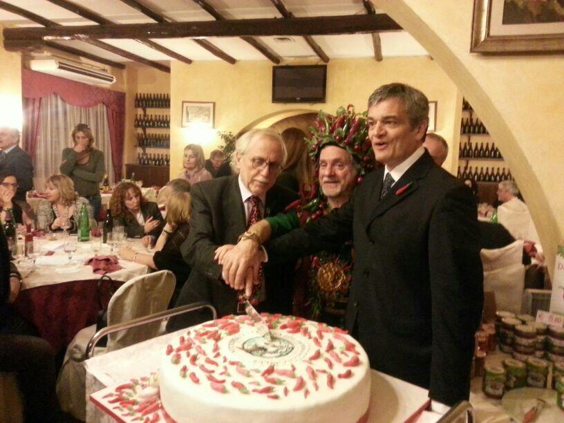 Photo of Piccantezza, tradizione, cultura, amicizia e solidarietà nella serata inaugurale di IPSE DIXIT