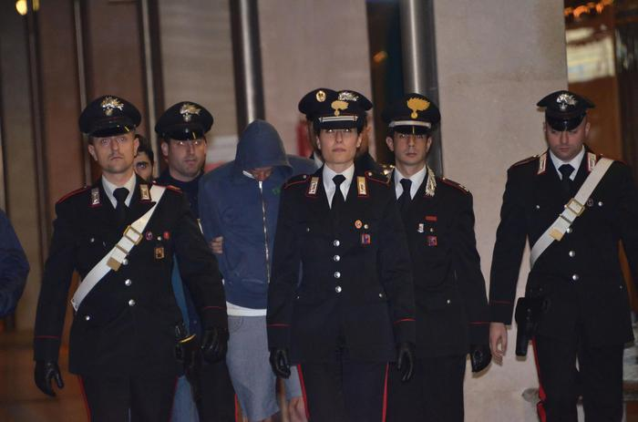 Photo of Triplice omicidio a Santhià. Arrestato l'assassino