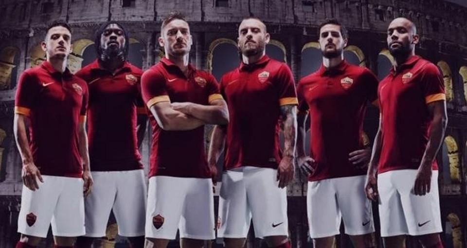 Photo of La nuova maglia della Roma