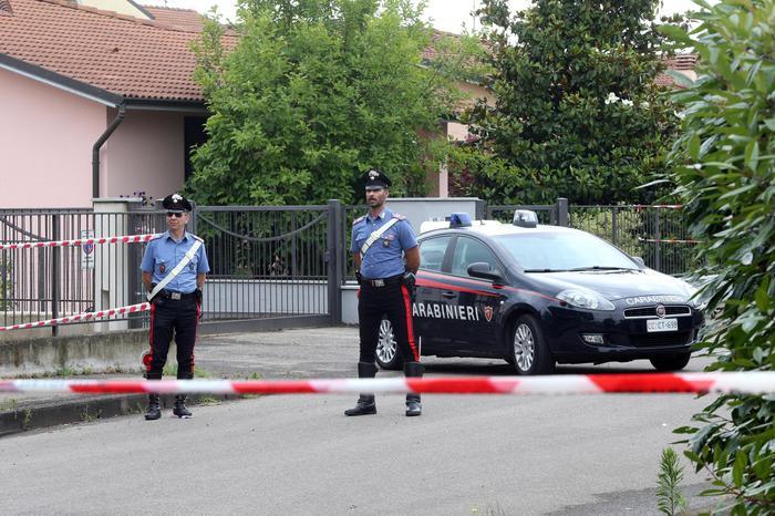 Photo of Madre e due figli infanti uccisi nel Milanese. Indagini a tutto campo