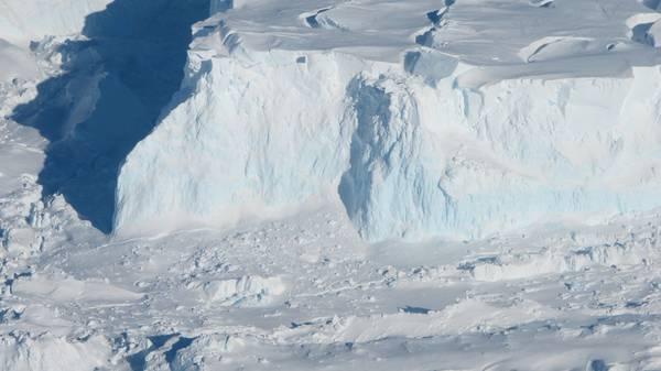 Photo of Una sorgente geotermica 'riscalda'  ghiacciaio antartico Thwaites