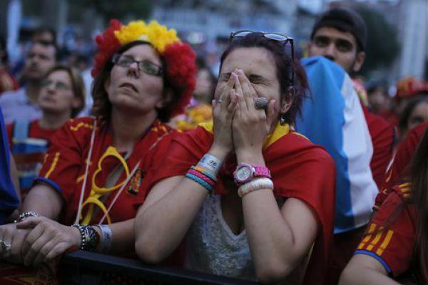 Photo of Mondiali Brasile 2014 – Anche il cielo spagnolo irritato con gli ex campioni del mondo