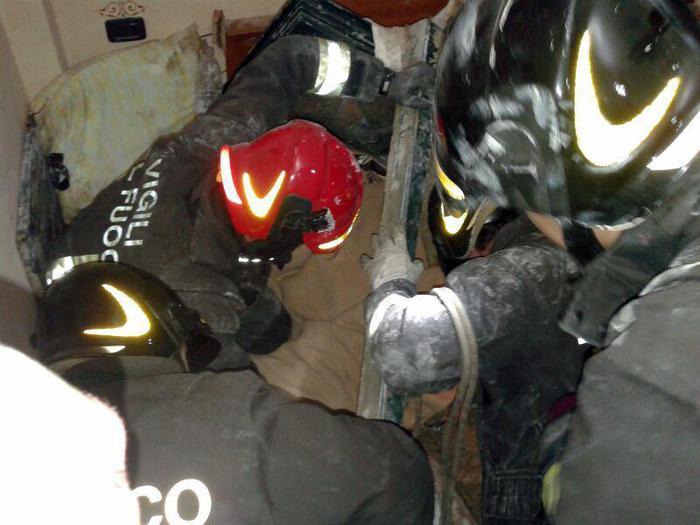 Photo of A Foggia, esplode una palazzina di 6 piani. 2 i morti
