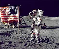Photo of Sono passati 45 anni dallo sbarco  di Neil Armstrong, il primo uomo sulla Luna – VIDEO