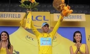 """Photo of Vincenzo Nibali trionfa al Tour de France, """"mamma Pantani ti aspetta"""""""