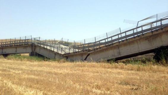 Photo of Sfiorata la tragedia nell'Agrigentino per il crollo di un viadotto