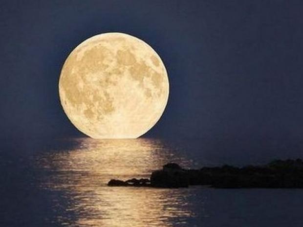 Photo of Stasera occhi al cielo per ammirare la SuperLuna