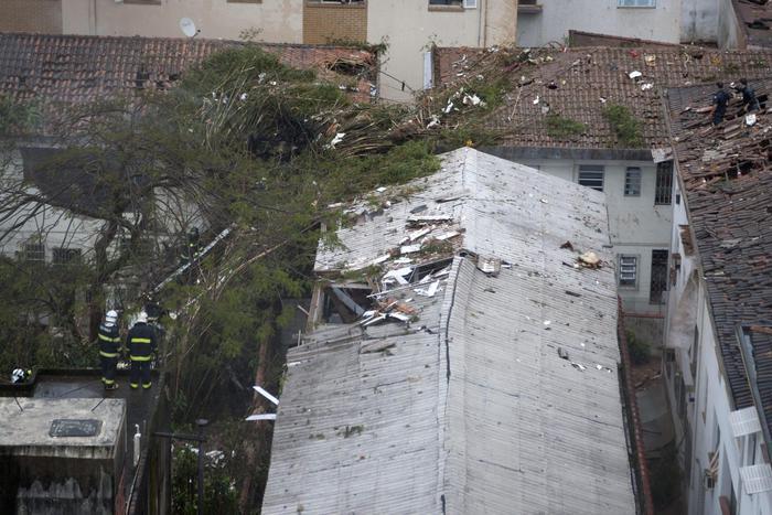 Photo of Brasile: in un incidente aereo è morto il candidato presidente Campos