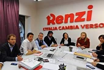 Photo of Renzi brinda col bicchiere mezzo pieno