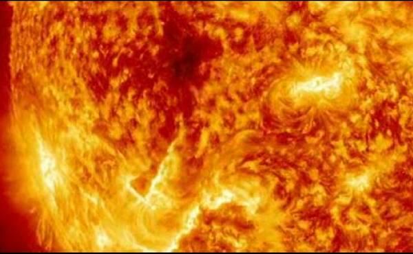 sole eruzione