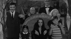 """Photo of Famiglia Addams, mezzo secolo di """"cupa"""" allegria – VIDEO"""
