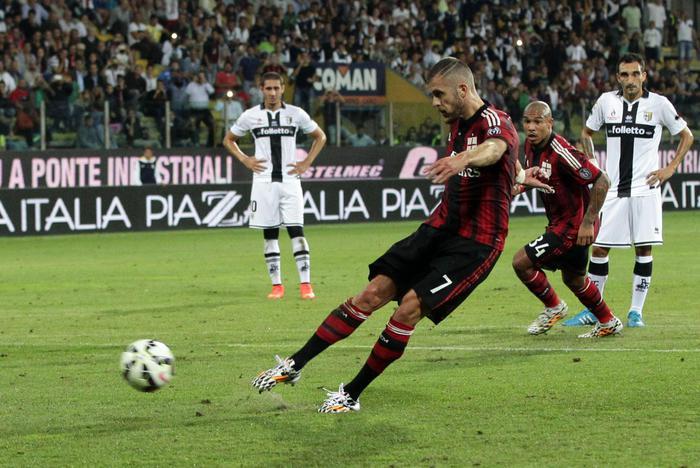 Photo of Il Milan vince a Parma 5-4 trascinato da un grande Menez