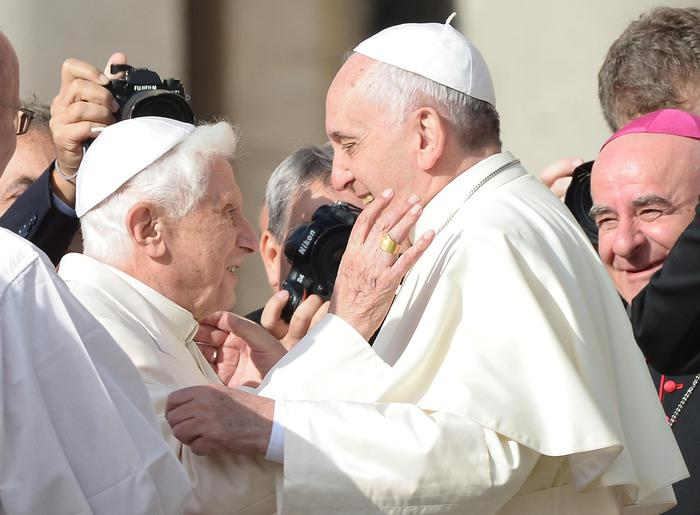 """Photo of Festa dei nonni a San Pietro con Papa Francesco: """"La violenza sugli anziani è disumana"""""""