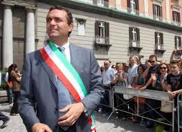 Photo of Il Sindaco di Napoli de Magistris sospeso, ma lui 'Non mi dimetto'. E parla di Napolitano