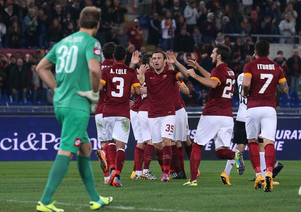 Photo of Serie A. La Roma va con Destro e De Rossi – PAGELLE ROMA