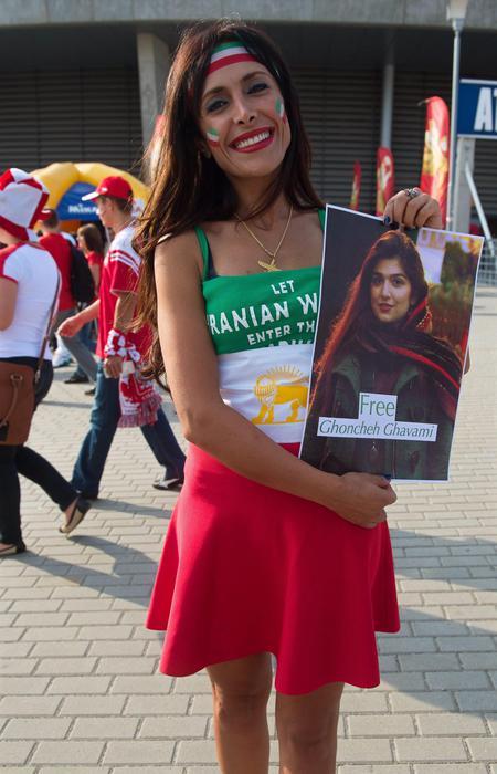 Photo of Iran – Un anno di carcere perchè avrebbe voluto vedere una partita di pallavolo maschile!