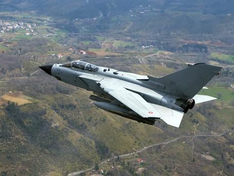 Photo of Isis – Quattro Tornado italiani inviati con soli compiti di ricognizione