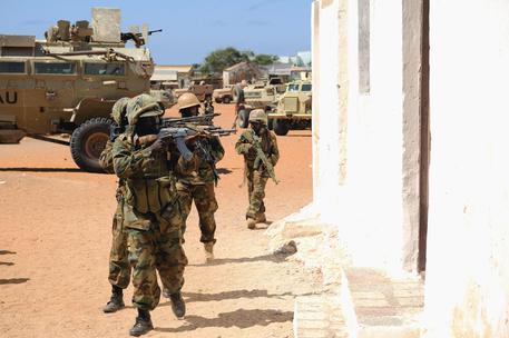 Photo of Mentre la comunità cristiana parla di pace, i jihadisti di al Shabaab attaccano in Somalia