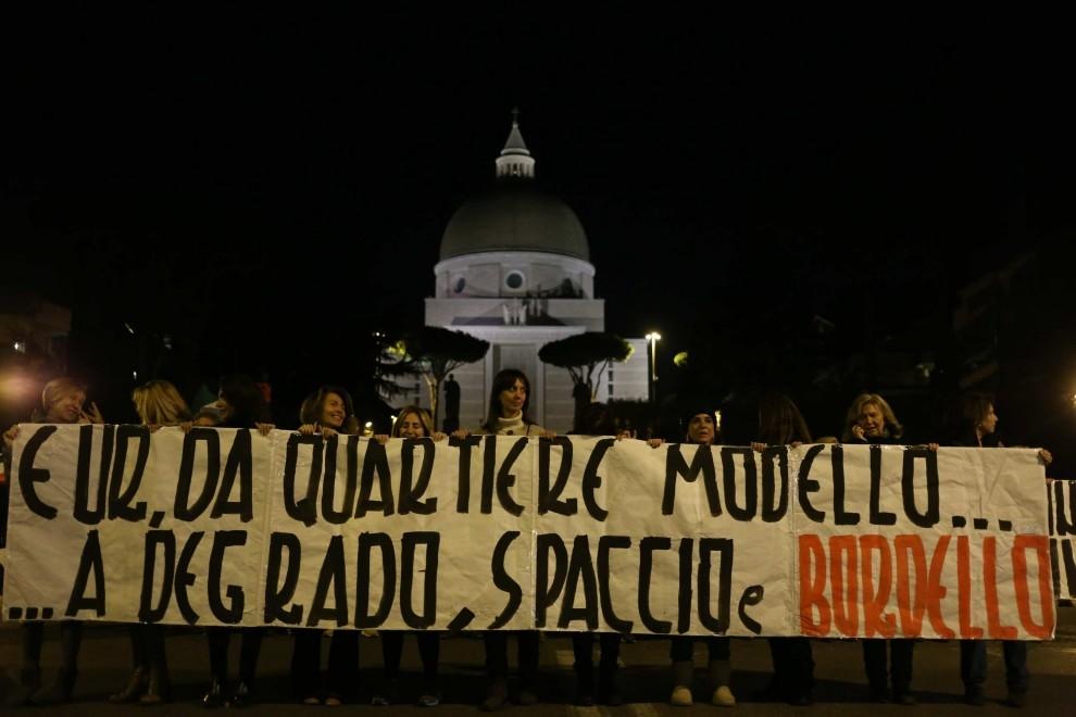 """Photo of Roma, con Marino sindaco, entro aprile avrà la zona a """"luci rosse"""""""