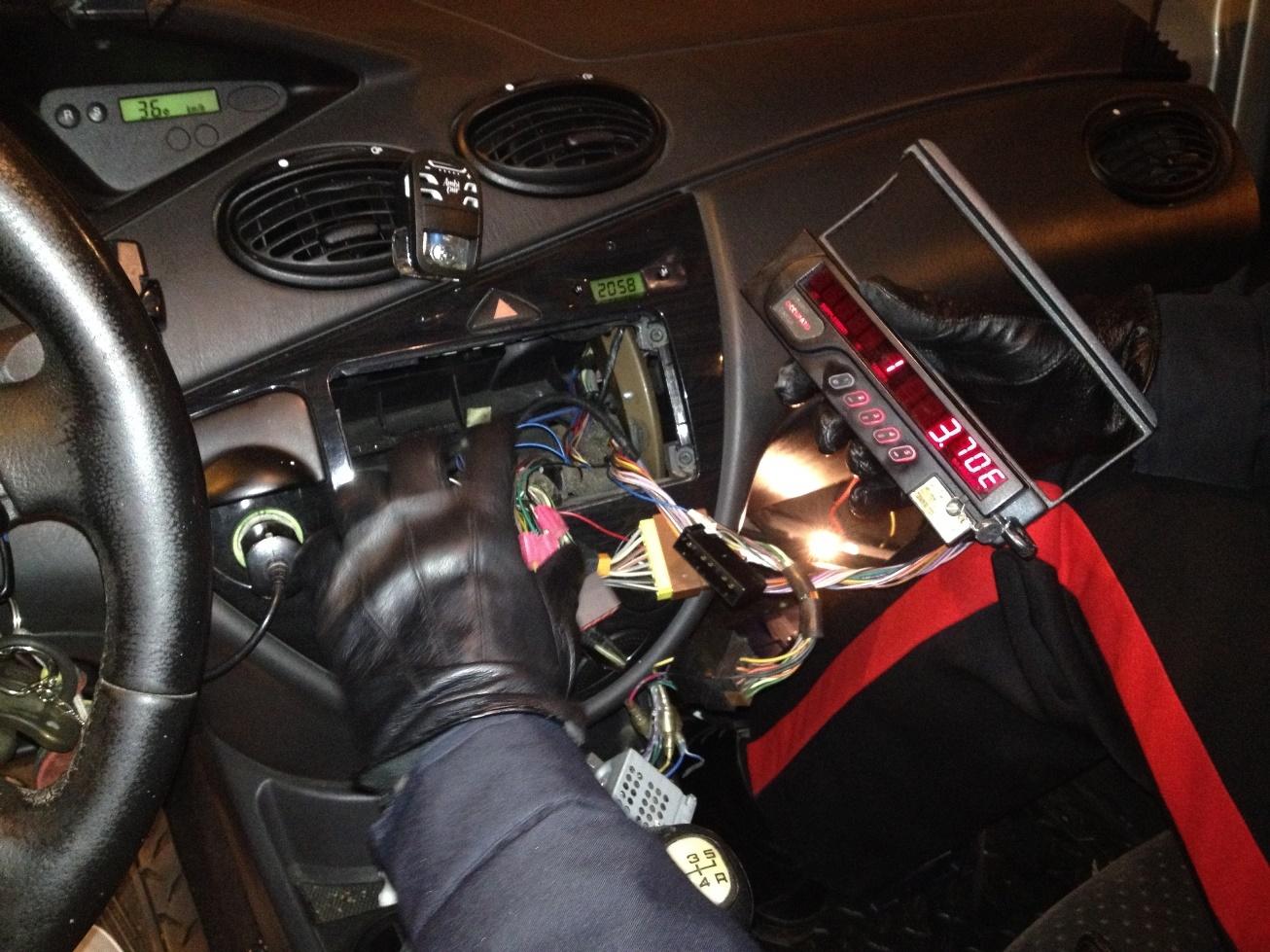 Photo of Utilizzando un telecomando, aumentava la tariffa del taxi – VIDEO