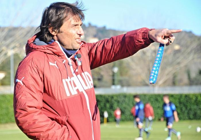 Photo of Flash – Calcioscommesse: al Ct Conte, contestata la frode sportiva