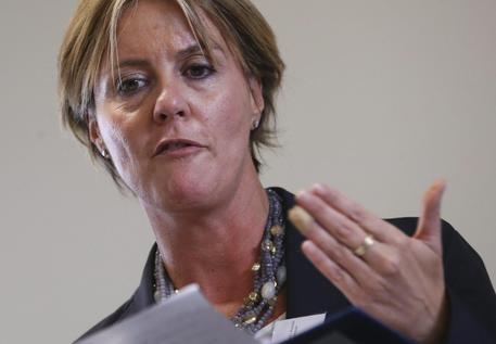 Photo of Sanità – Il Ministro Lorenzin: sì a ticket contro l'abuso del pronto soccorso – Ma varrà anche per i clandestini?