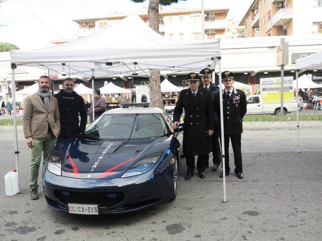 Photo of Una domenica senza auto a via Ugo Ojetti
