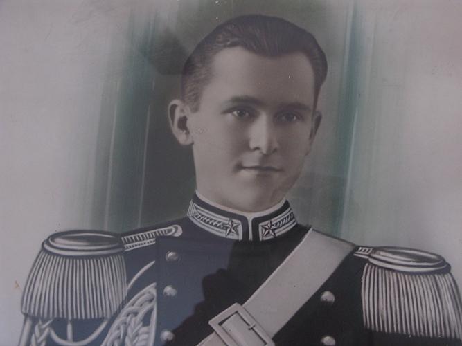 Photo of Onore al Carabiniere Ermenegildo Metti, martire della libertà!