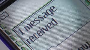 Photo of Importante sentenza: sottrarre il cellulare per leggere sms è rapina!