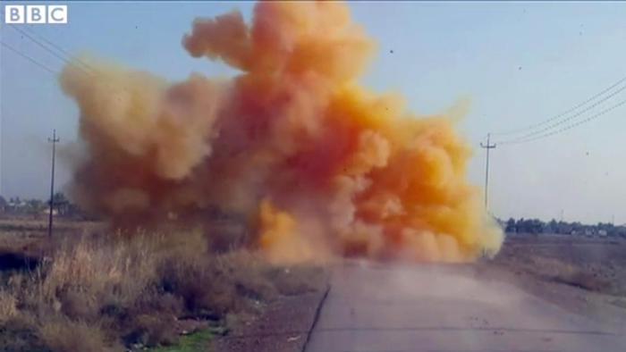 Photo of Flash – Iraq – L'Isis usa bombe al cloro. La Bbc mostra immagini