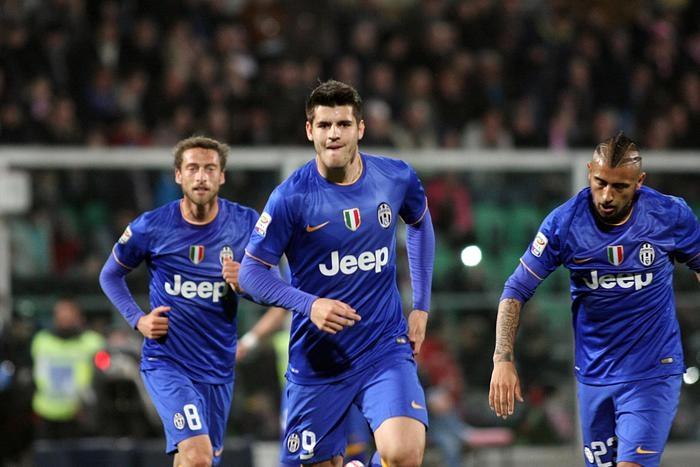Photo of Serie A: L'anticipo della 27^ giornata vede una Juventus col pensiero a Dortmund, vincere a Palermo