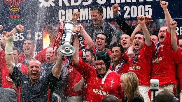 Photo of Racconti di sport- RUGBY – Il Grande Slam gallese del 2005 – GALLERIA FOTOGRAFICA