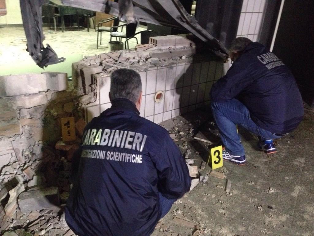 Photo of Flash – Esplosione in una sala giochi.7 i feriti. 3 gravi