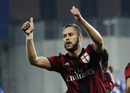 Photo of Serie A – Chievo-Palermo 1-0 e Milan-Cagliari 3-1. Perdono le isolane