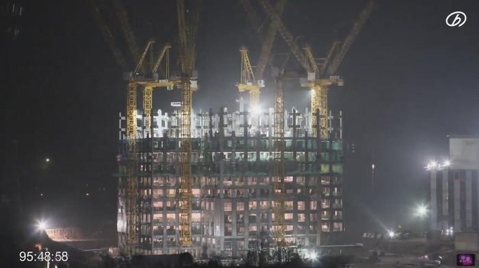 Photo of Cina: In 19 giorni di lavoro, completato un grattacielo di 57 piani