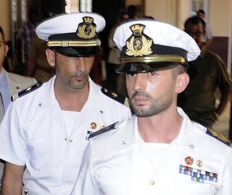 Photo of Marò – L'italia barzelletta. Ricorso rinviato a dopo le ferie
