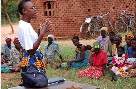 Photo of Fondazione Rita Levi Montalcini: una Onlus per l'istruzione delle donne africane
