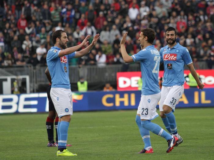 Photo of Serie A. Il Napoli vince a Cagliari. Inter-Milan finisce 0-0