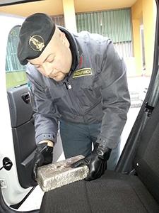 """Photo of Como – Con l' """"Operazione Uova d'Oro"""", sgominata organizzazione dedita al traffico di valuta e preziosi con la Svizzera. 13 le persone denunciate."""
