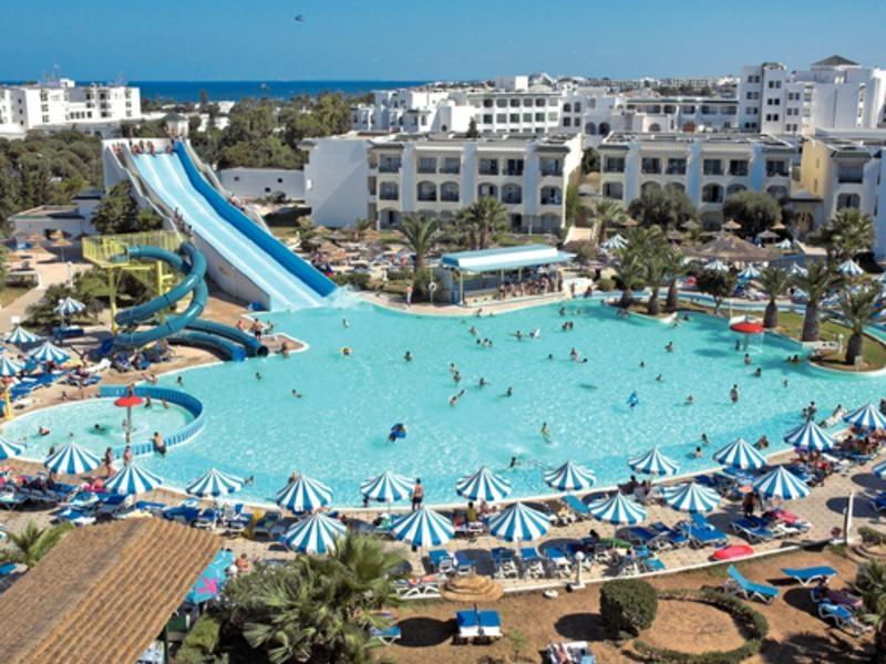 Photo of Tunisia – Attacchi terroristici in due hotel: 28 morti e 36 feriti. Turisti tra le vittime