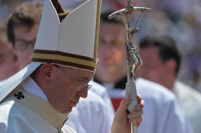 Photo of A Sarajevo, il Papa alla Messa con il pastorale rotto